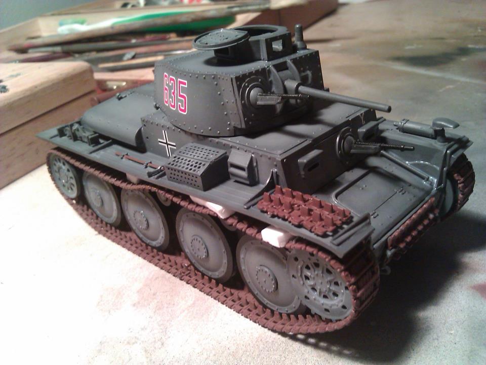 Aplicación de calcas Panzer 38(t)