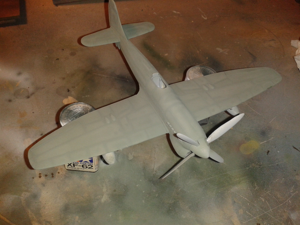 Hawker Tempest MkV pintura base gris