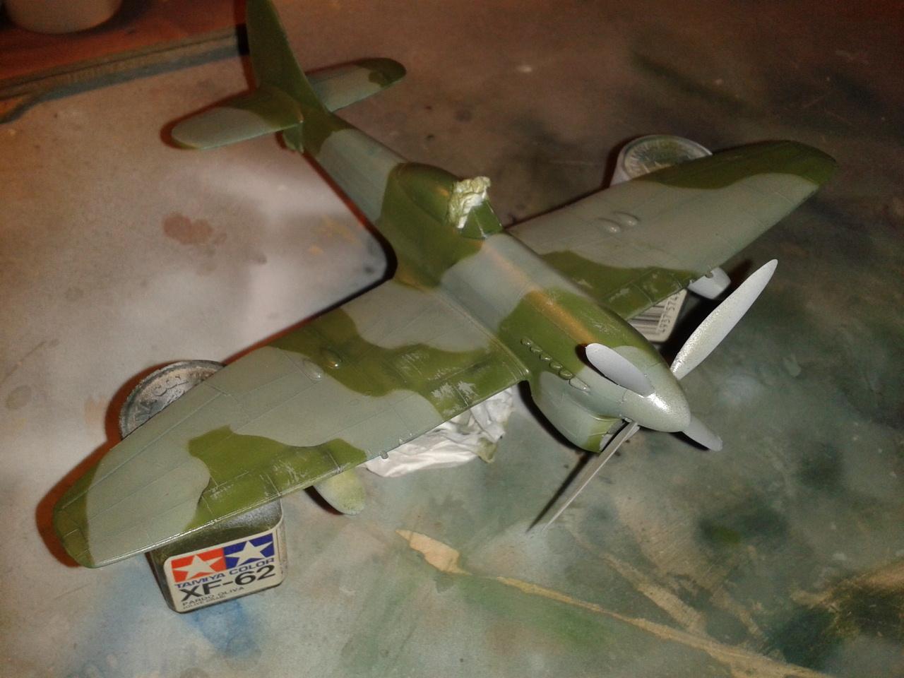 Hawker Tempest MkV barnizado de protección
