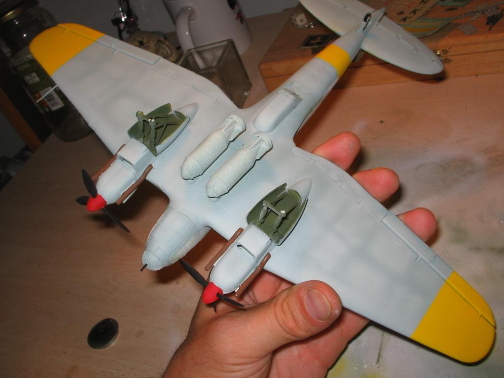 Heinkel He 111 H-20 yellow zones