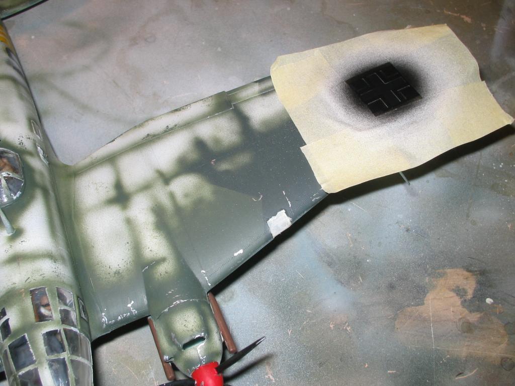 Heinkel He 111 H-20 pintando con fotograbados