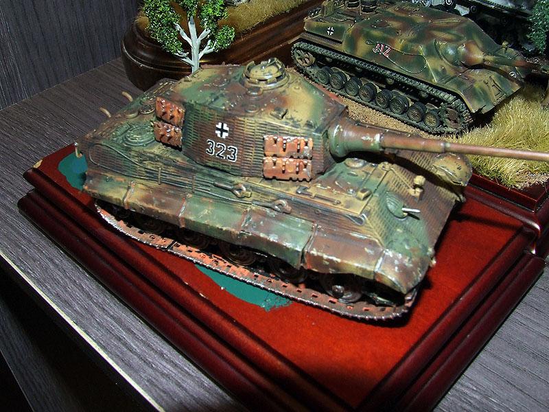 Sd.kfz 182 king tiger trumpeter terminado