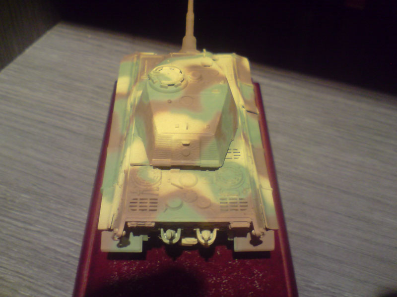 SD.KFZ 182 king tiger camouflage paint